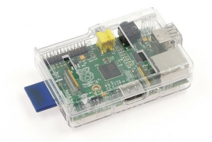 Raspberry PiのSDカードのでっぱりをなんとかしてみた