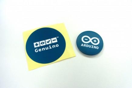 Arduino缶バッジとGenuinoステッカーを差し上げます!